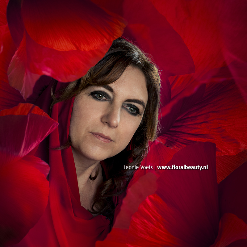 floralbeauty-imagingpeople-leonie-voets-fotografie-silvia-red-influence